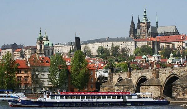 sightseeing cruises Prague